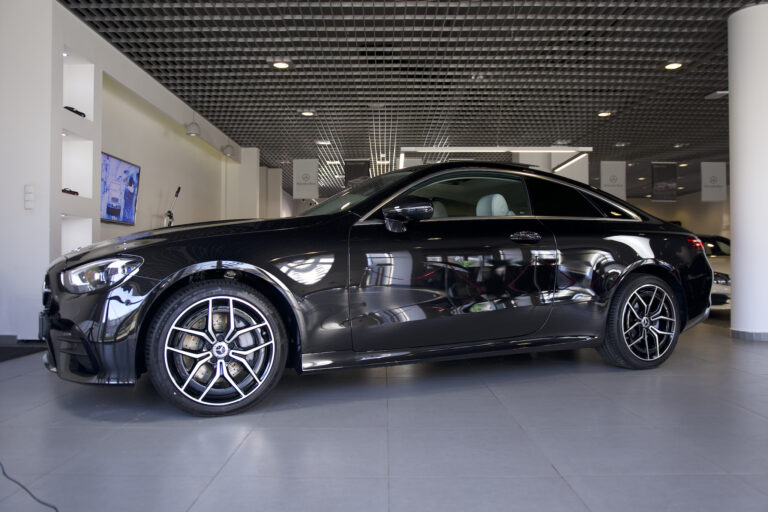 Mercedes-Benz E 220d 4MATIC Coupe